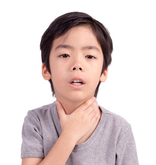 src=https://sg.theasianparent.com/wp content/uploads/2015/02/dreamstime xs 40257059.jpg What you need to know about your child's tonsillitis