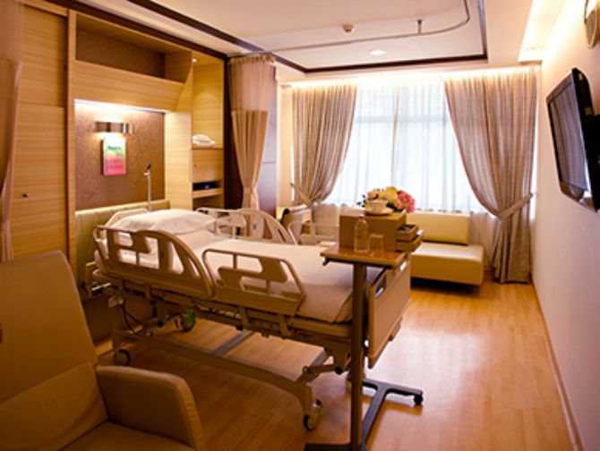 Where to give birth in Singapore