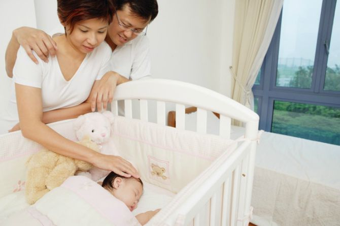 Safe baby crib How to choose the perfect baby crib in Singapore (Infographic)