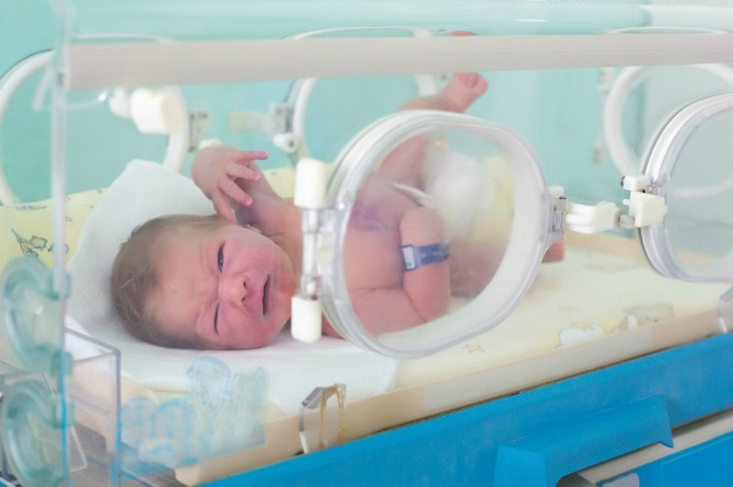 baby is in the nicu featured Adopting a baby after losing their child, bittersweet story for couple