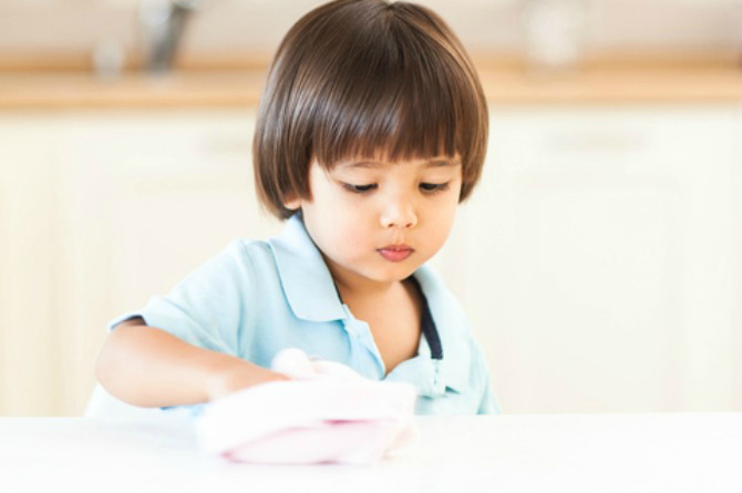 chores for kids 1 Helicopter parenting: the signs, risks and alternatives