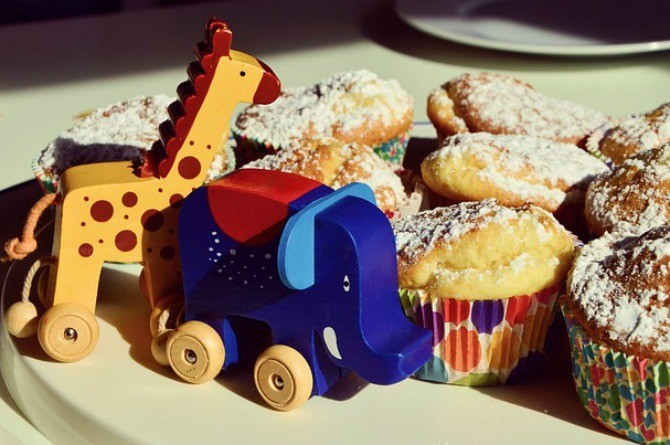 dessert table, muffin, cake, party, birthday, food, toy, snack, child