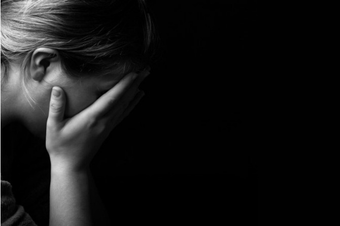 Forgotten Baby Syndrome, woman, sad, cry, mother, depressed