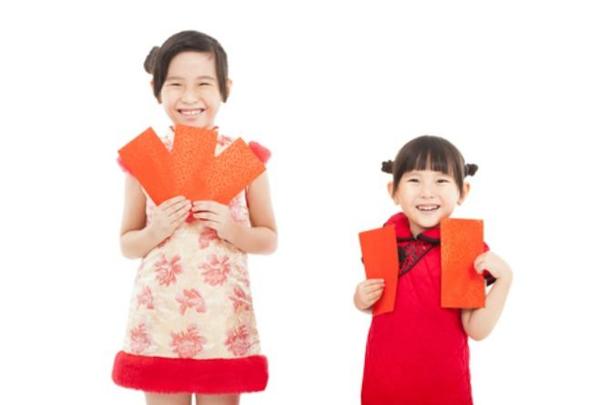 Lunar New Year, Chinese New Year, children, kids, girls, sisters, happy, smile, ang bao, money
