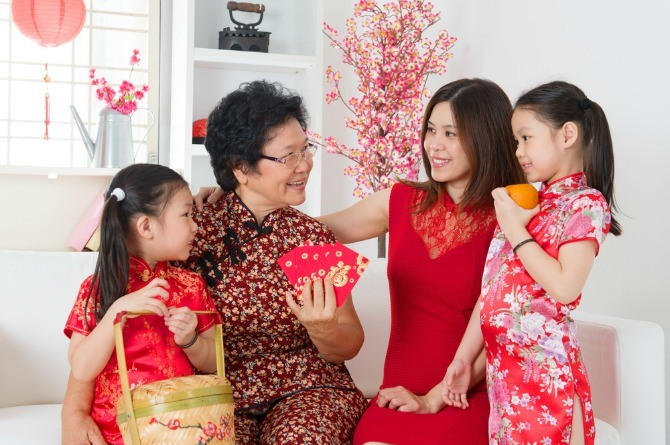 Lunar New Year, Chinese New Year, family, grandparents, children, mother, mum, grandma, ang bao