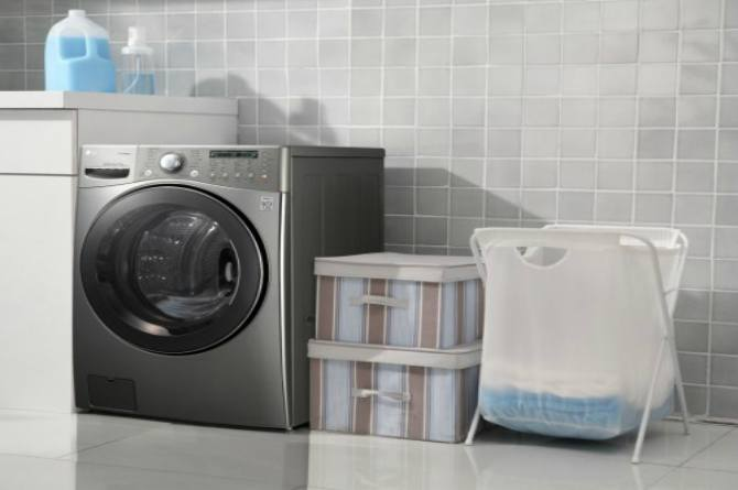 cleaning mistakes washing machine 8 Cleaning Mistakes That Leave Your Home Dirtier