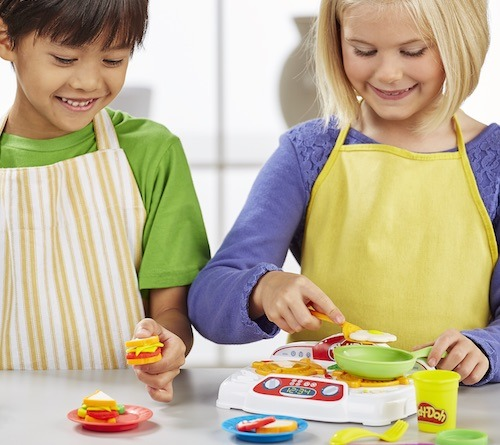 get your child ready for next junior chef with play doh s creations. Black Bedroom Furniture Sets. Home Design Ideas