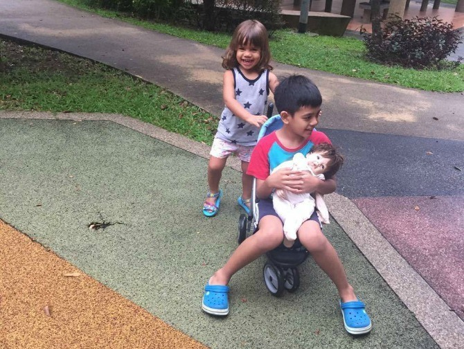 This Mum Says Kids Should NOT Be Forced to Share. Read WHY!