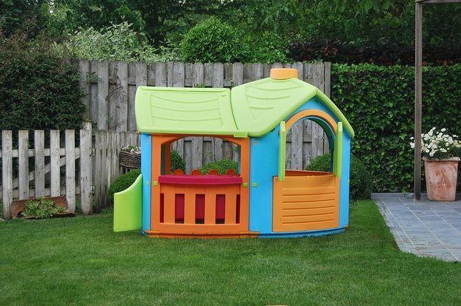 rsz playhouse 212027  480 12 age appropriate toys your 12 18 month old will love