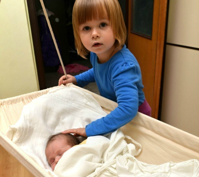 What to do when your child gets jealous of the new baby!