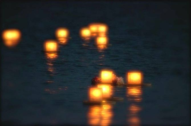 Hungry Ghost Festival, floating lanterns, lights, tradition