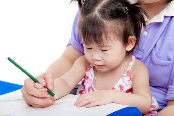 BC holiday Inn child learning to write Help your kids make the Ultimate Travel Journal: Follow these fun tips!