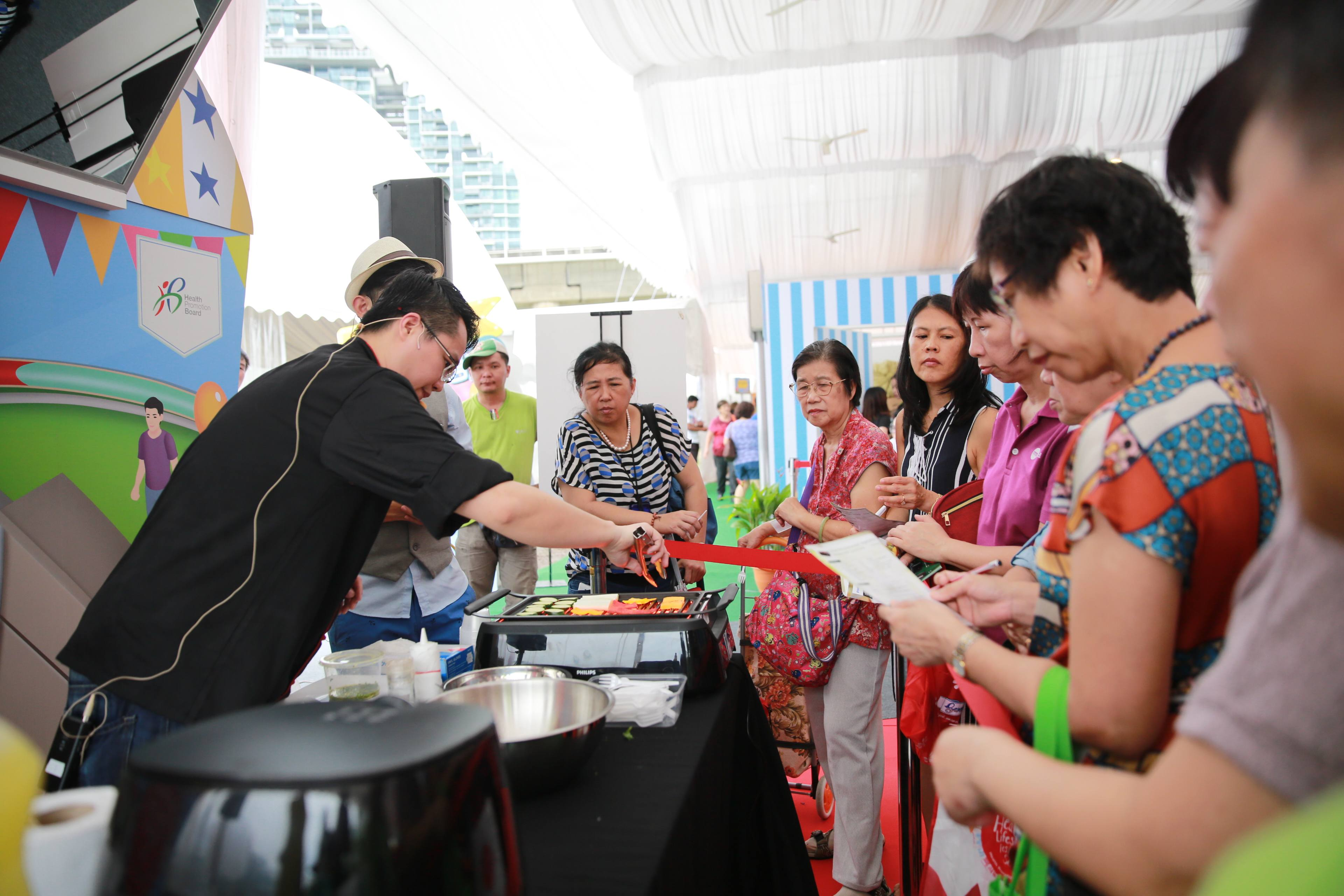 Cooking demo KAI 9328 Healthy Lifestyle Festival SG 2018: An adventure for the whole family