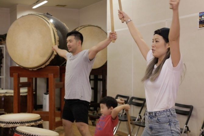 From Taiko drumming to tea tasting: YouTubers AndymetSonia tell you why they fell in love with Osaka