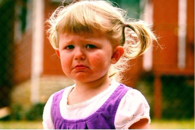 How to deal with toddler tantrums?