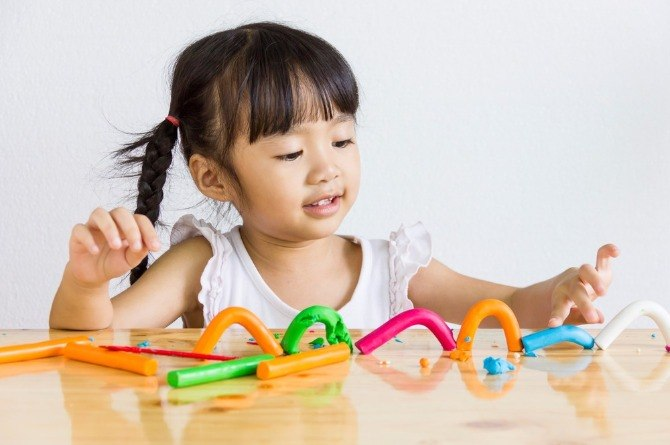 activities to improve toddlers hand-eye coordination