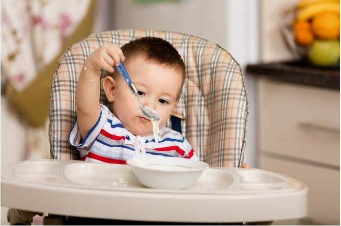 solids 1 Mums, here's a guide to introducing solids to your little one...