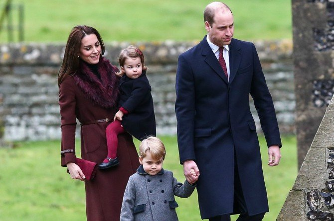 royal fam Why do you rarely see Prince William carrying Princess Charlotte in public?