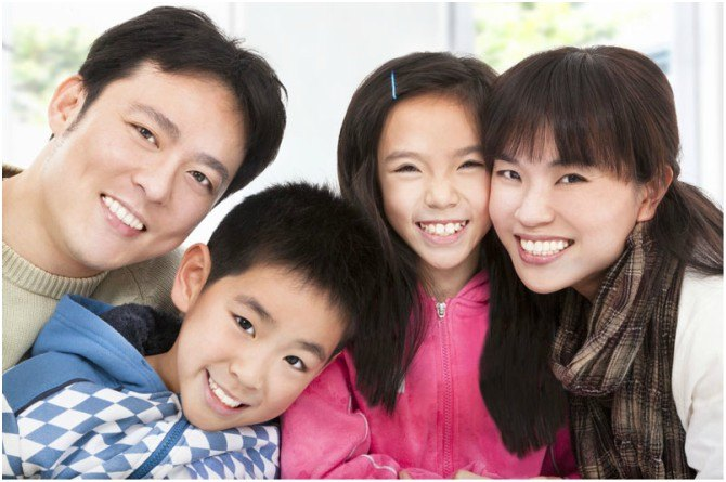 src=https://sg.theasianparent.com/wp content/uploads/2018/02/mum dad discipline.jpg Dad And Mum Discipline: Is There A Difference In Raising Your Child?