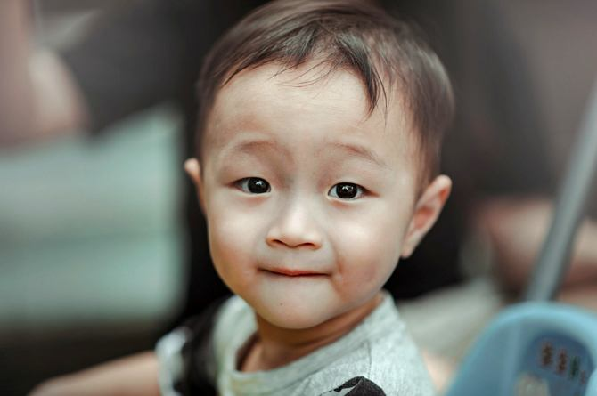 src=https://sg admin.theasianparent.com/wp content/uploads/sites/12/2018/05/26 month old toddler feat.jpg Global developmental delay symptoms in children
