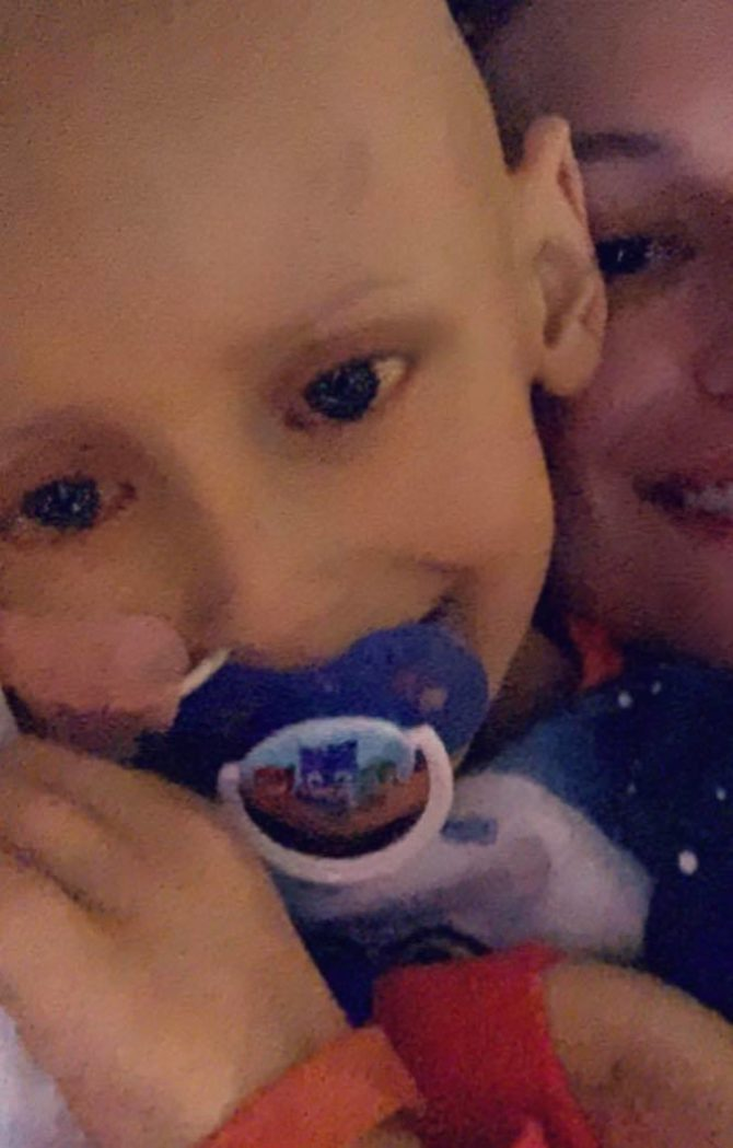 5-year-old boy with liver cancer apologises to mum before dying