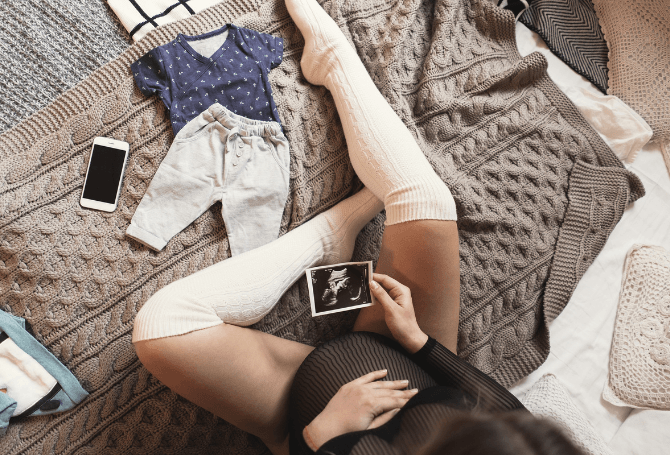 Best Compression Socks: Top Brands For Pregnant Women And New Moms