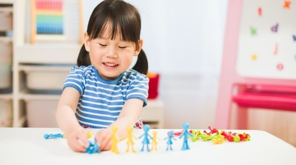 Best Stem Toys to Choose for Toddlers to Complement Their Learning