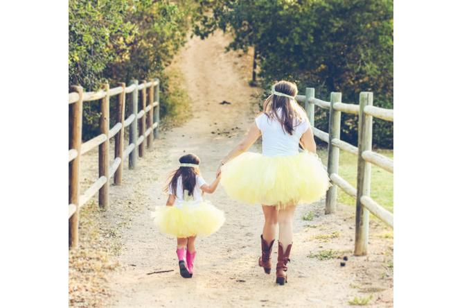14 Sweet Mother-Daughter photos that will make you want to hug your daughter right now