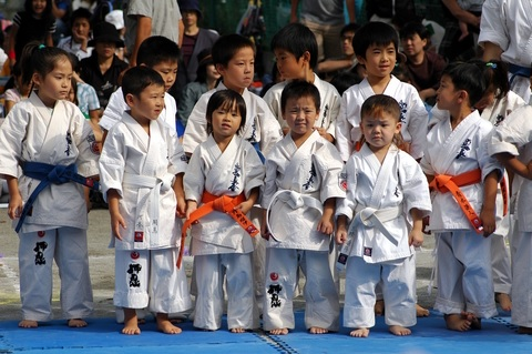 9. SEA Games 2015 for young sports enthusiasts