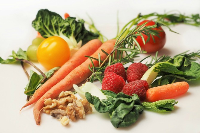 3. Choose healthy and nutritious foods
