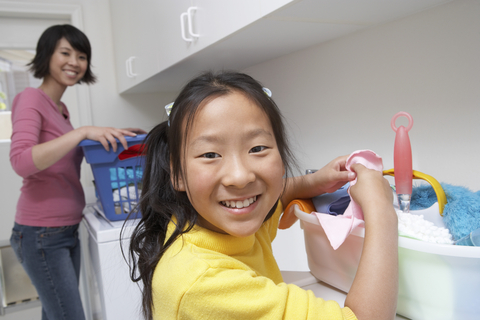 What household chores do your kids help you with?