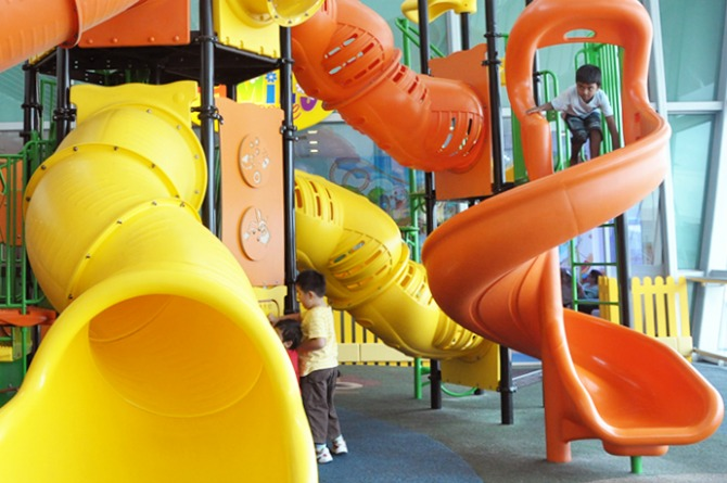 Let your kids have fun @ the Children's Playgrounds