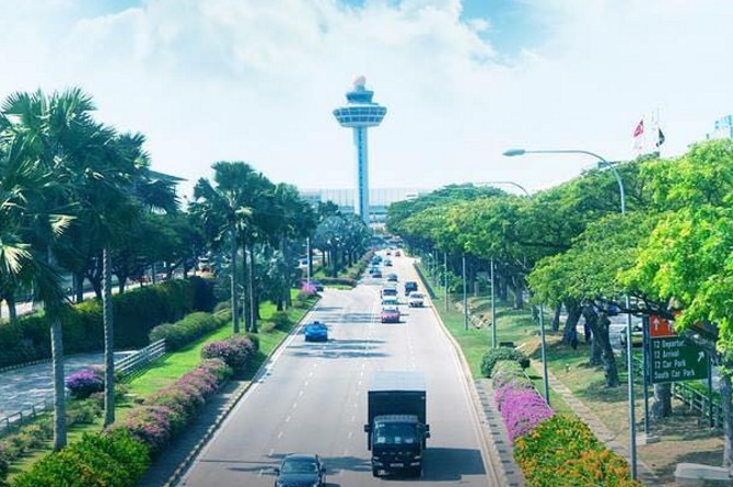8 things to do at Changi Airport for when you're stuck in transit