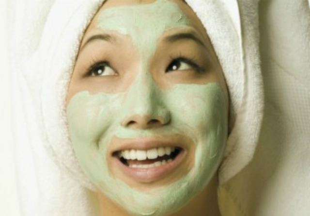 #4 Apply a face mask