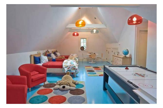 9. This spacious room has several areas for play, study, and sleep. Everything a kid would want or need!