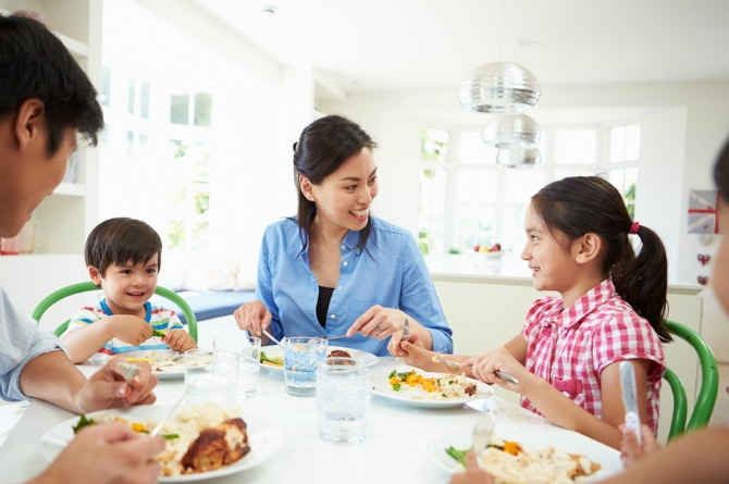 7 commonly heard stereotypes of Singaporean stay-at-home mums