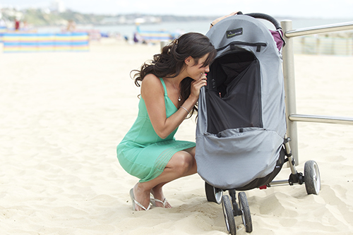Snoozeshade Deluxe Plus - sun and sleep shade for strollers