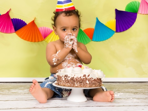 Where to buy a birthday cake for first birthday party of your child?