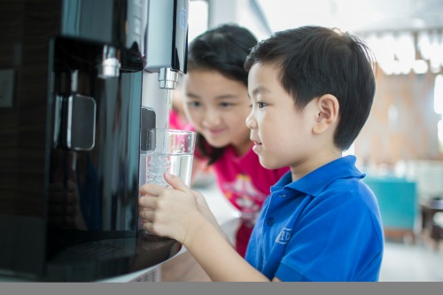"""Best quality"" water for your family with 3M™'s Filtered Water Dispenser"