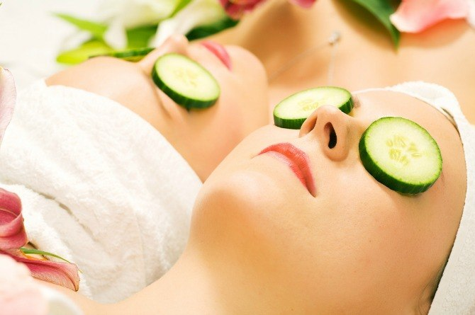 http://www.dreamstime.com/royalty-free-stock-photo-cucumber-beauty-girls-spa-image14109745