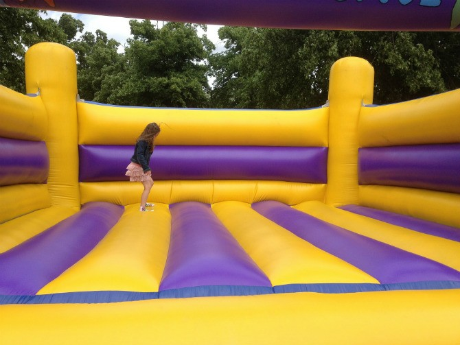 inflatable bouncer melompat-lompat
