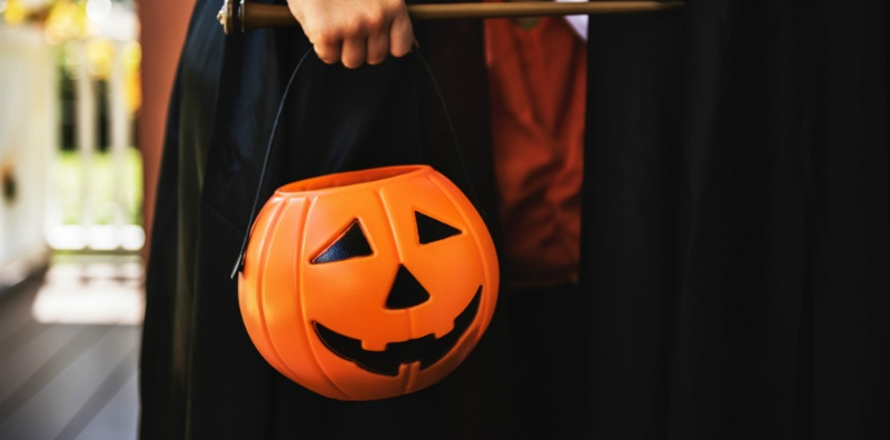 Trick or treat bag ideas you can make at home