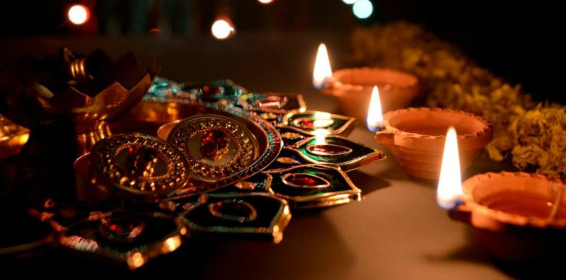 17 Diwali Inspirations: Decorations for Small Spaces