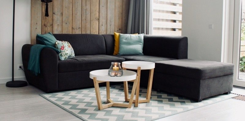 5 tips to consider when shopping for a new couch