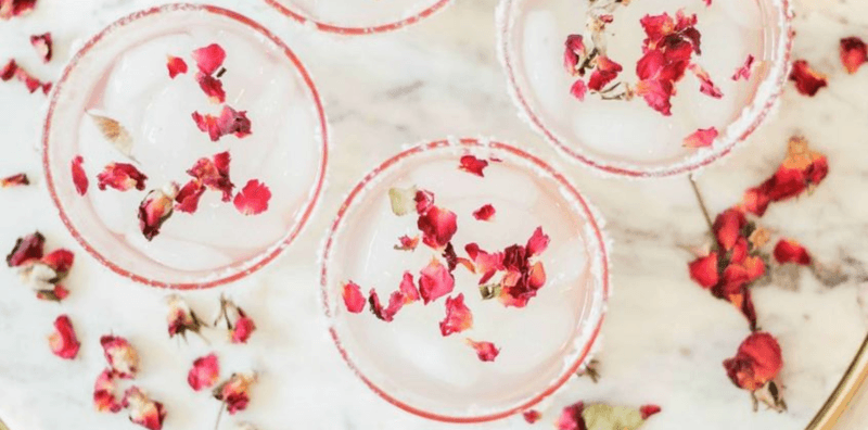 32 Simple Valentine Day Cocktails for a Romantic Night