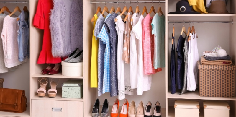9 Essential Tips For Decluttering The Wardrobe