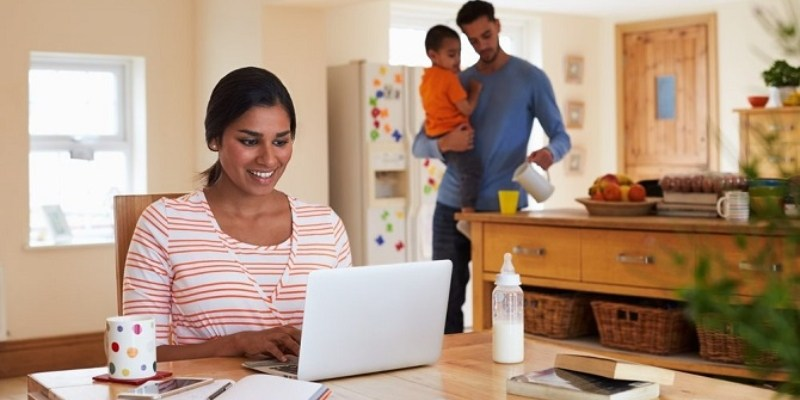 How to effectively work from home with your children around you