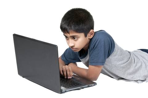 Safeguard your kids from cyber bullying