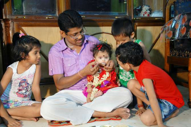 annaprashan Tips for memorable annaprashan ceremony: baby's first solid feeding ceremony