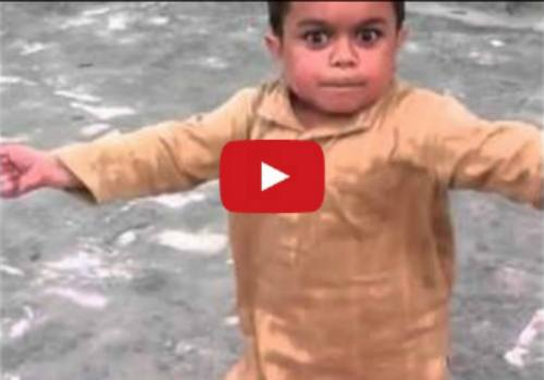 This little kid dancing has some frisky moves - Funny video!